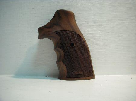Poignée COMBAT ambidextre en bois pour Colt Python CO0768