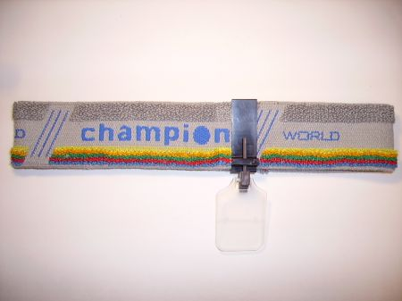 Bandeau gris CHAMPION avec écran cache oeil