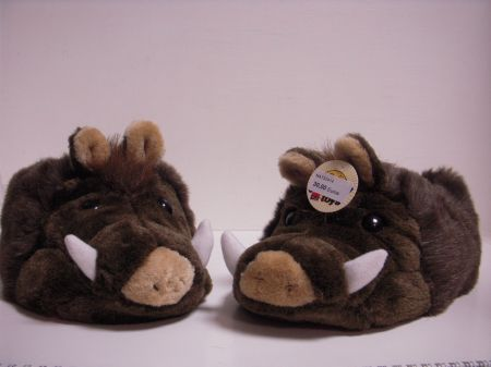 Chaussons peluche SANGLIER NAT32414