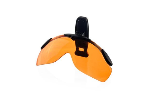 Lunette clipsable sur une casquette SHOOT-OFF Orange Polarisé
