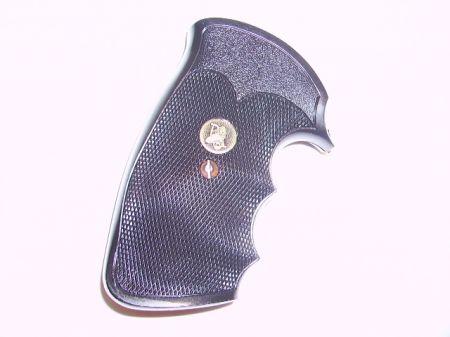 Poignée caoutchouc pour revolver COLT Python PA02528