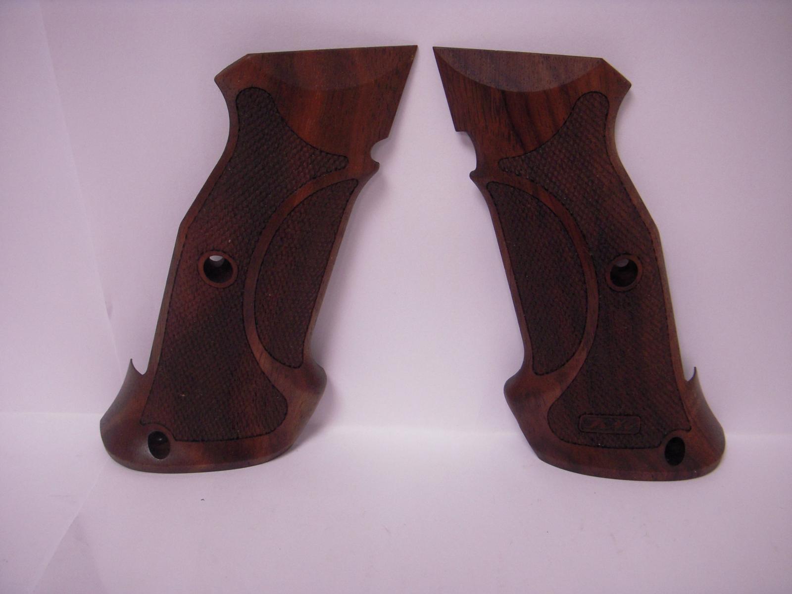 Plaquettes bois pour pistolet CZ shadow 2