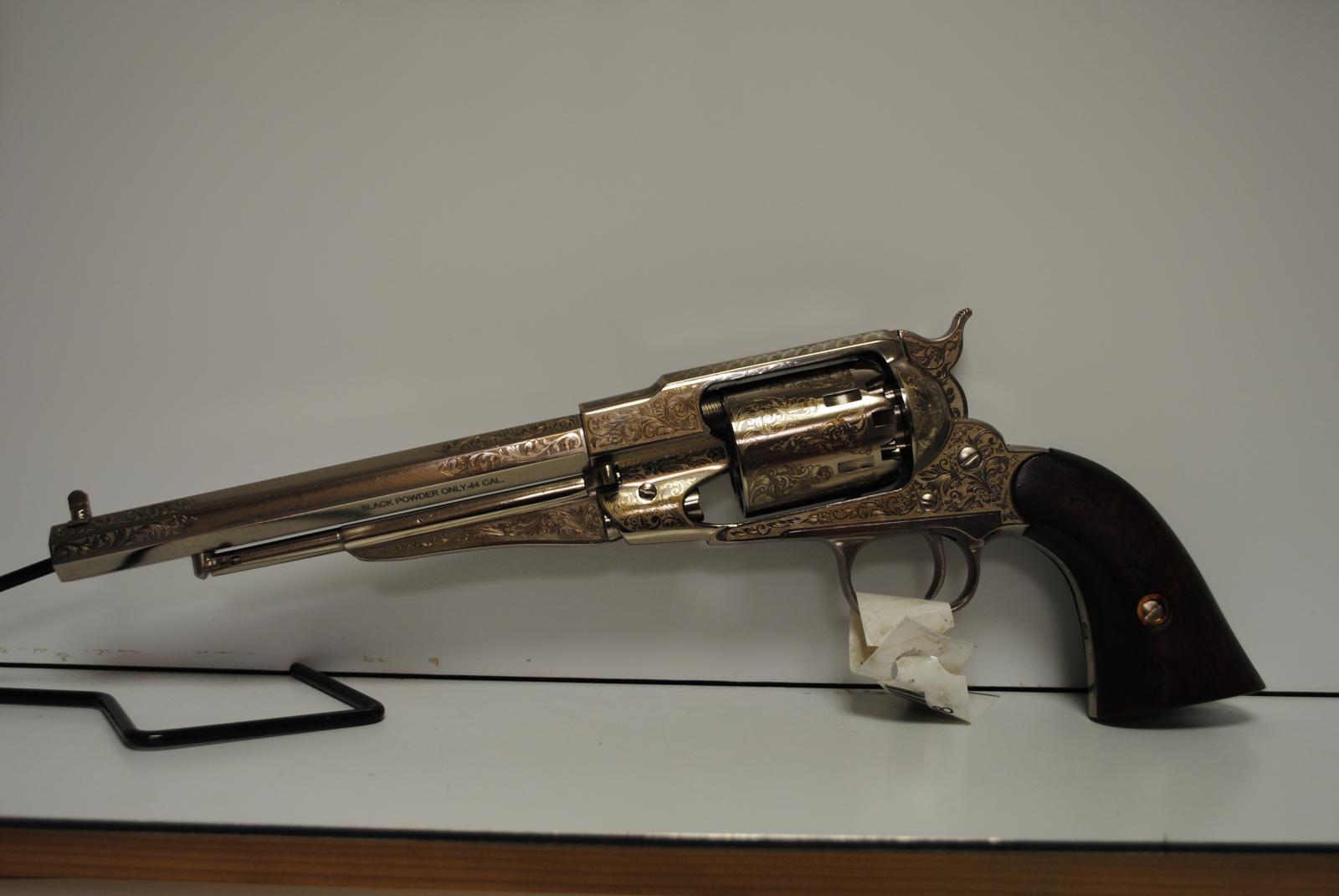 Revolver PIETTA REMINGTON 1858 Texas calibre 44 gravé RBN44BLE
